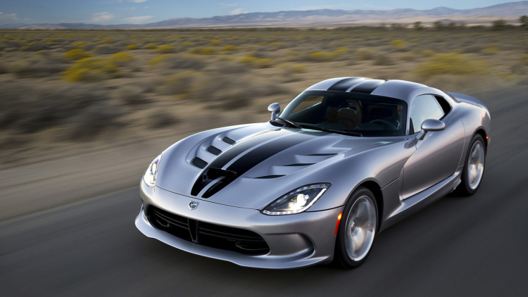 2017 Dodge Viper front view
