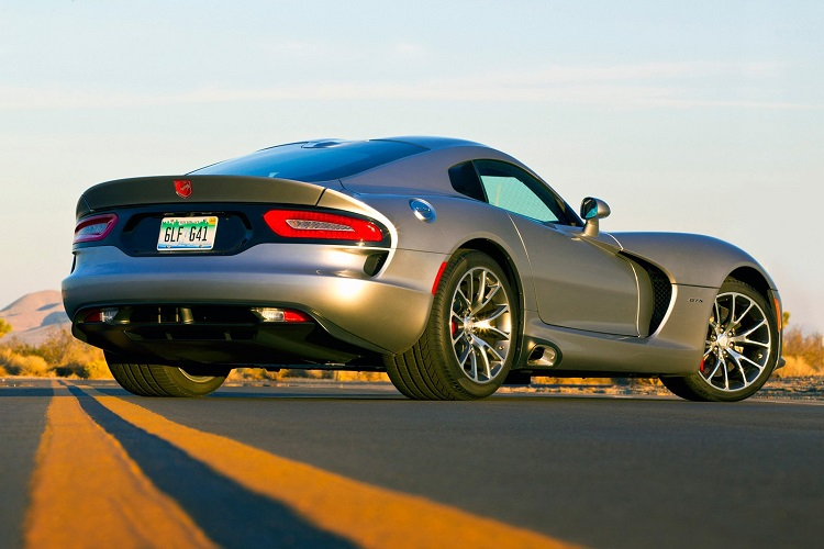 2017 Dodge Viper rear view