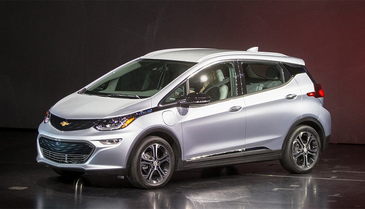 2017 Chevrolet Bolt front view