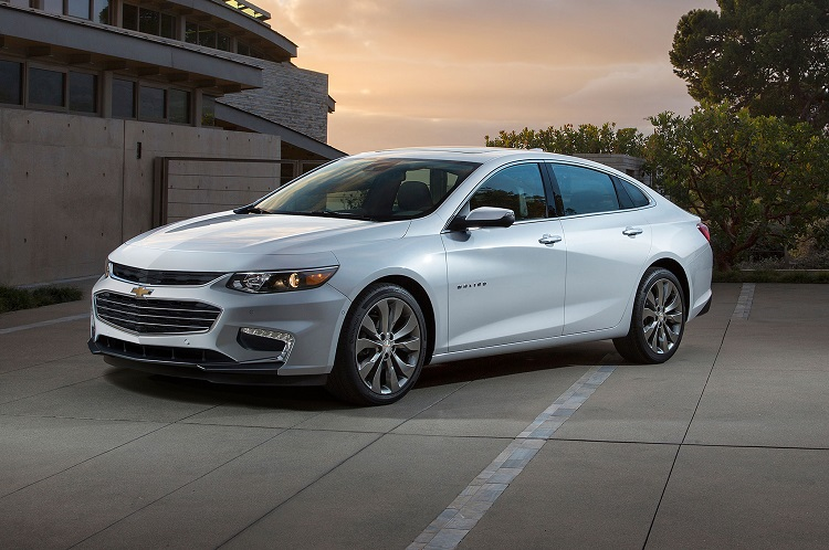 2017 Chevrolet Malibu front view