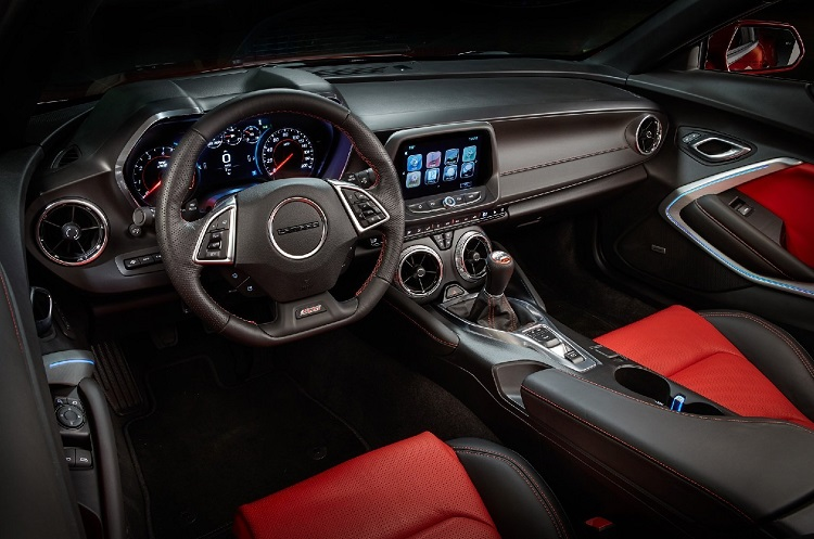 2017 Chevy Camaro interior