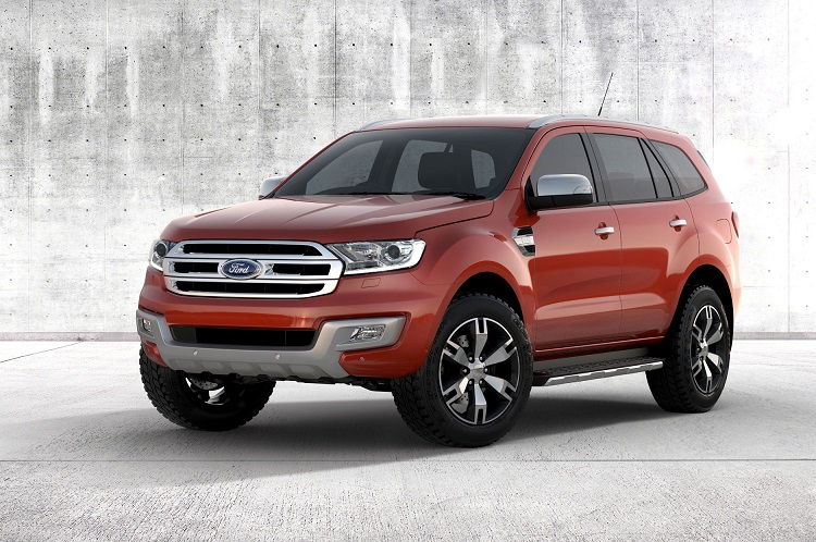 2017 Ford Everest front view