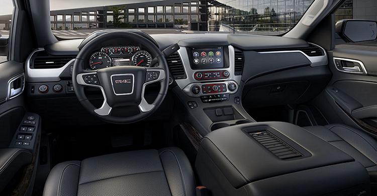 2017 GMC Yukon interior