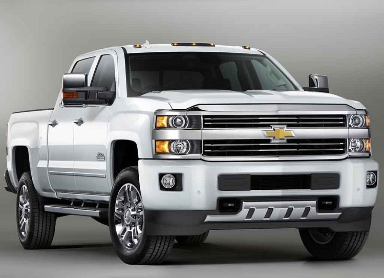 2017 Chevrolet Silverado 2500HD front view