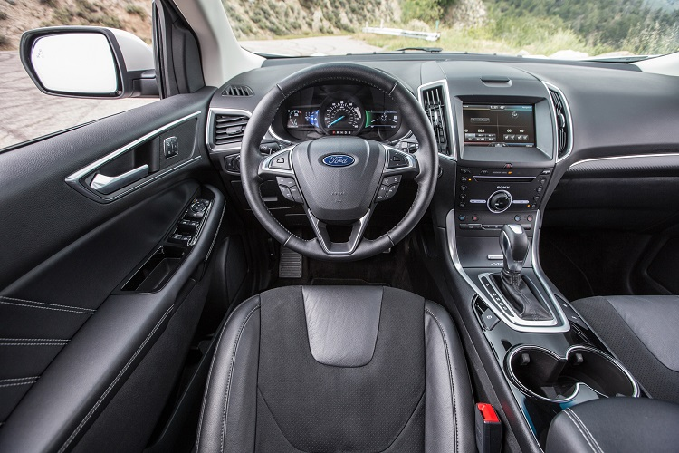 2017 Ford Edge Sport interior