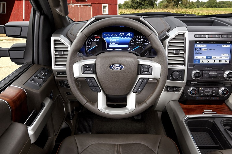 2017 Ford F-350 interior