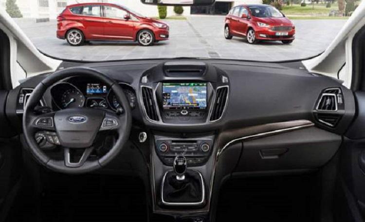 2017 Ford Figo interior