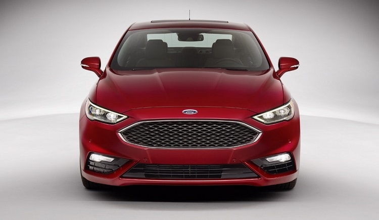 2017 Ford Mondeo front view
