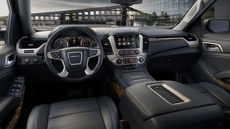 2017 GMC Yukon XL interior