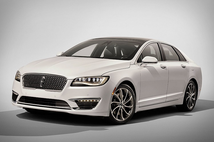 2017 Lincoln MKZ front view
