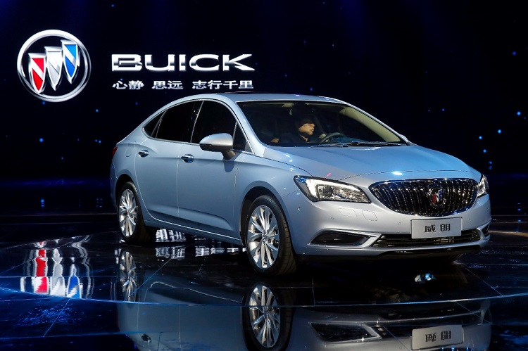 2017 buick verano price review turbo hatchback gs. Black Bedroom Furniture Sets. Home Design Ideas