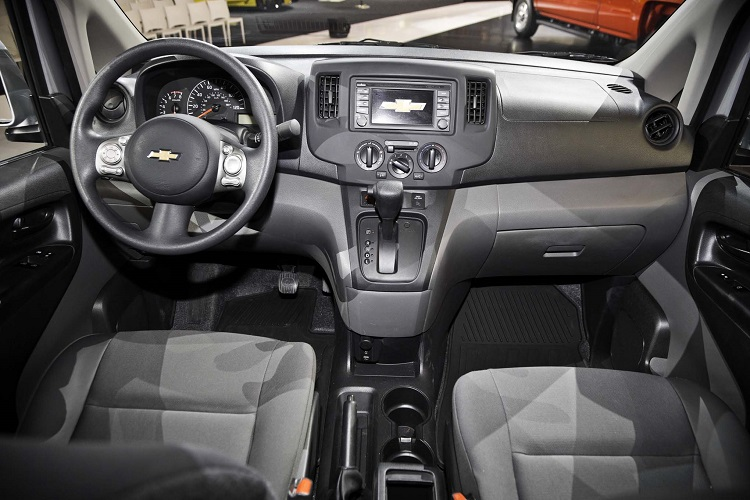 2017 Chevrolet City Express interior