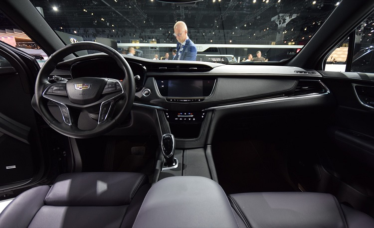 2018 cadillac photos. fine photos 2018 cadillac xt5 interior throughout cadillac photos