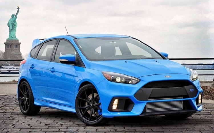 2018 Ford Focus RS front view
