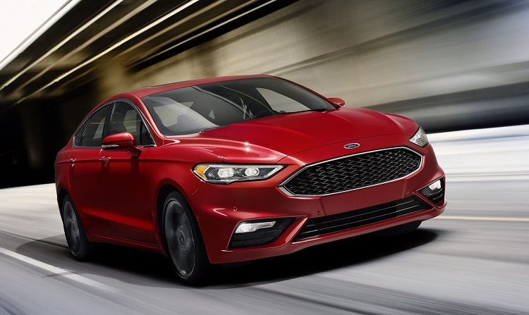 2018 Ford Mondeo front view