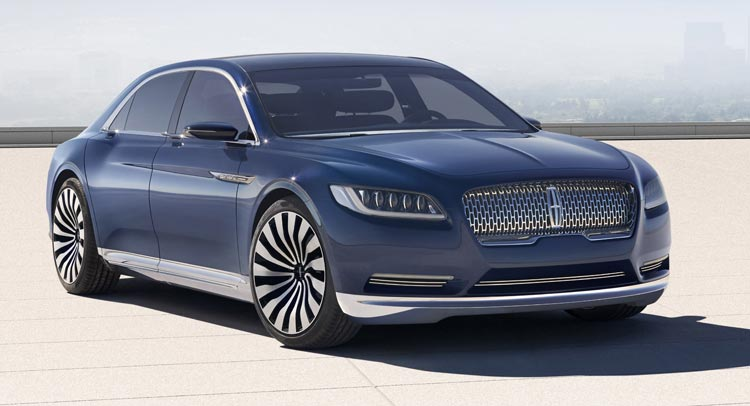 2018 Lincoln Continental front view