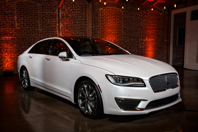 2018 Lincoln MKZ - specs, features, changes, price