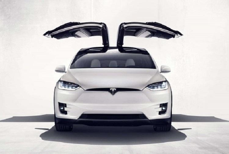 2018 Tesla Model Y front view