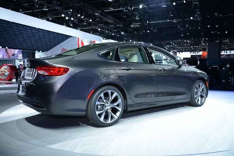 2018 chrysler 200 redesign.  200 2018 chrysler 200 rear view for redesign 8