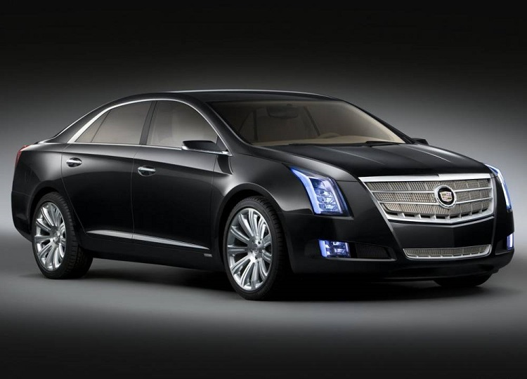 2018 Cadillac XTS front view