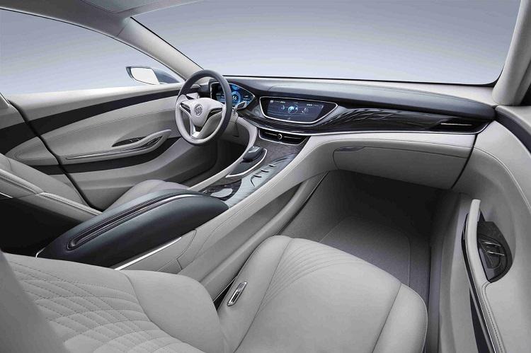 2018 Buick Avenir interior