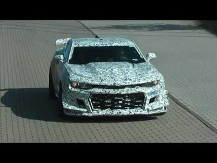 2018 Chevrolet Camaro Z/28 front view