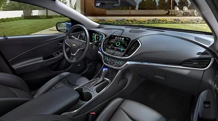 2018 Chevrolet SS dashboard