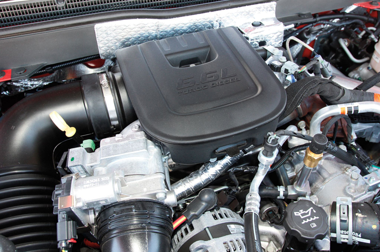 2018 Chevrolet Silverado 3500 engine
