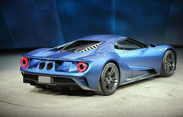 2018 Ford GT rear view