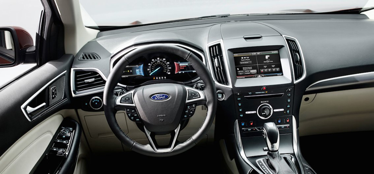 2019 Ford Edge dashboard