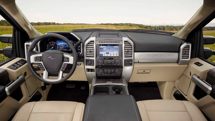 2019 Ford F-250 cabin