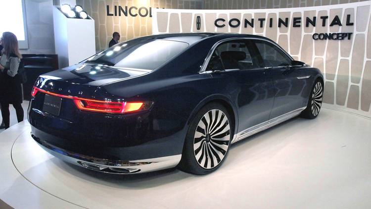 2019 Lincoln Continental rear