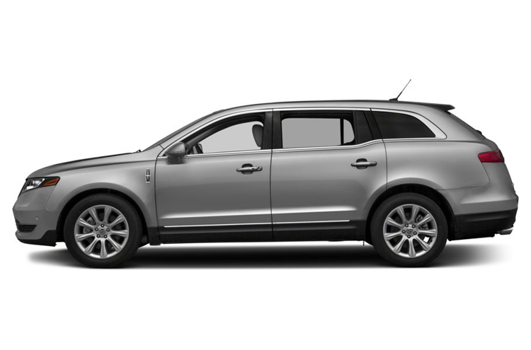 2018 Lincoln MKT side view