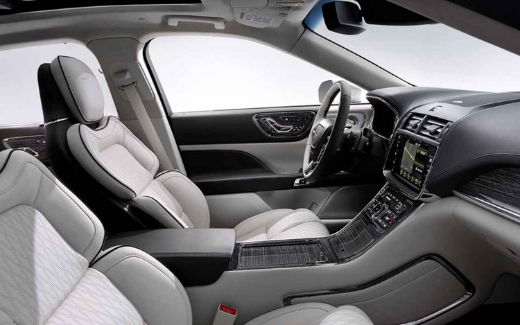 2019 Lincoln Continental interior