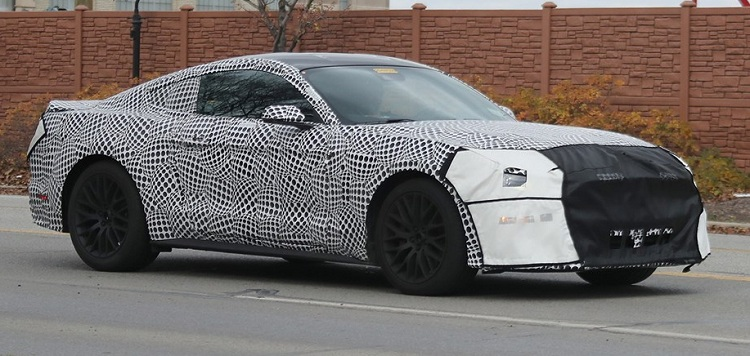 2019 Ford Mustang GT spy photos