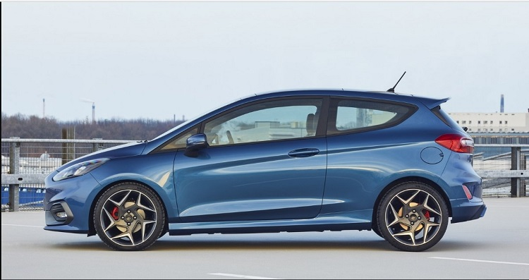 2019 Ford Fiesta ST side view