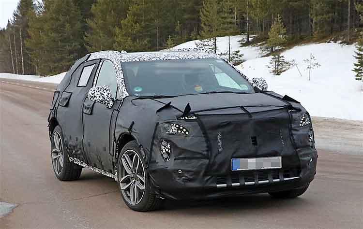 2019 Cadillac XT3 spied