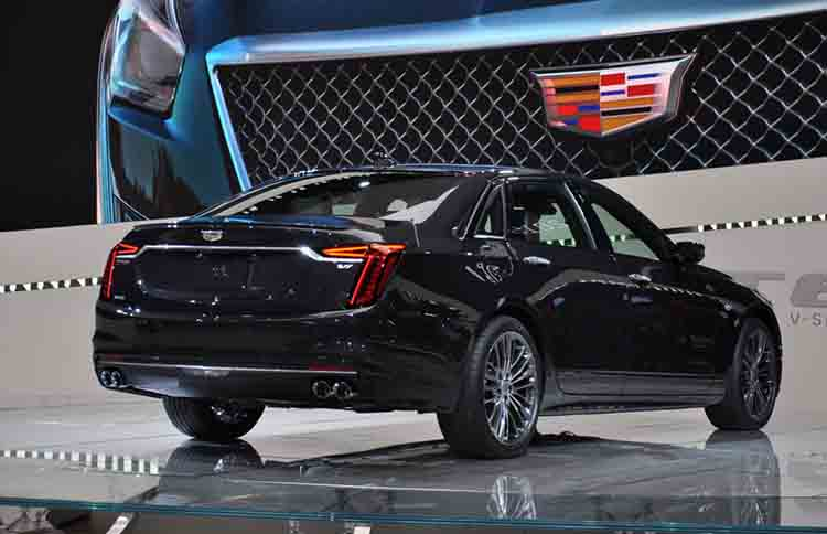 2019 Cadillac CT6 rear