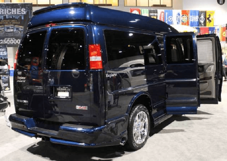 2019 GMC Savana rear