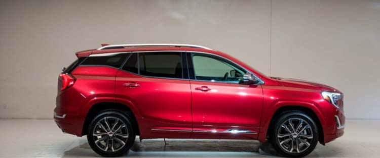 2019 GMC Terrain side