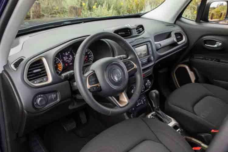 2019 Jeep Renegade interior
