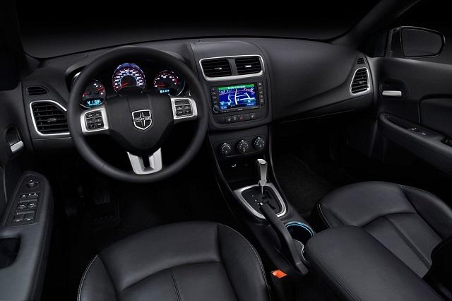 2019 Dodge Avenger interior