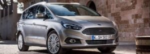 2019 Ford C max side view