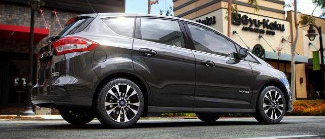 2019 Ford C-max side view