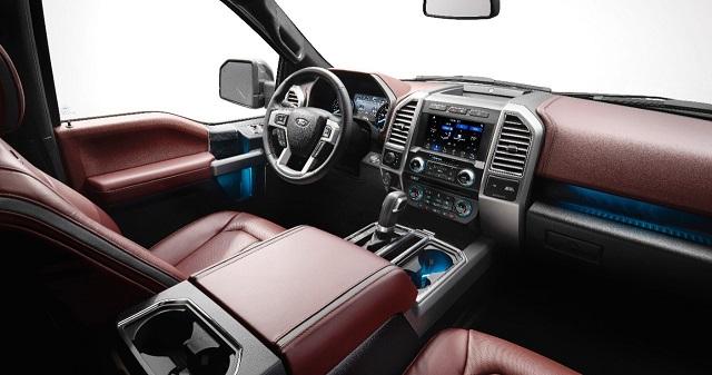 2019 Ford Lobo interior