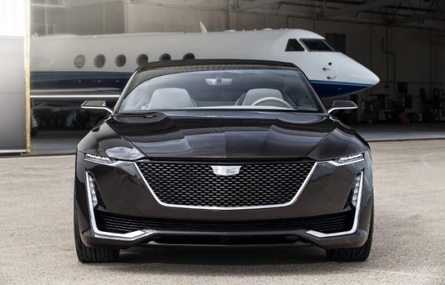 2021 Cadillac XLR Front